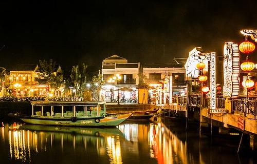 ホイアンの夜